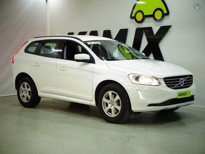 käytetty Volvo XC60 D4 AWD Momentum aut ** Navi / Virtuaalimittaristo / Bluetooth *