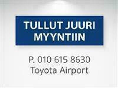 käytetty Toyota Auris Touring Sports 1,8 Hybrid Active *** Korkotarjous 2.9% + kulut, ensimmäinen erä 3kk päästä