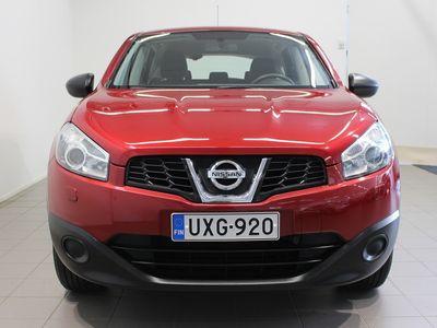 käytetty Nissan Qashqai 1,6L Stop / Start System Visia 2WD 5M/T Selec Korko 0,86% Huoltorahalla