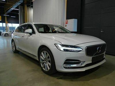 käytetty Volvo V90 D3 Inscription ** Webasto / ACC / Pilot Assist / Nahkasisusta / Sähköluukku / Muistipenkki / Koukku **