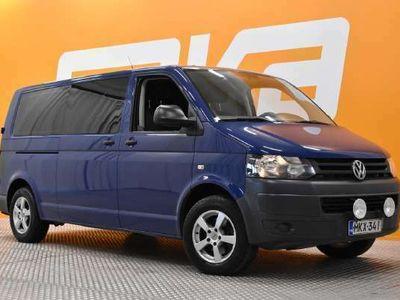 käytetty VW Caravelle Trendline pitkä 2,0 TDI 103 kW DSG 3200kg ** Suomiauto / 8P / Cruise / Kahdet renkaat / Lohko **
