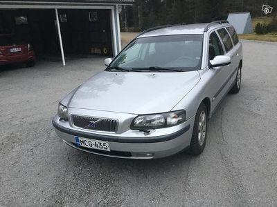 käytetty Volvo V70 2.4 SPW Busines 103 A