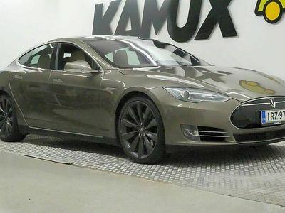 käytetty Tesla Model S 85 D