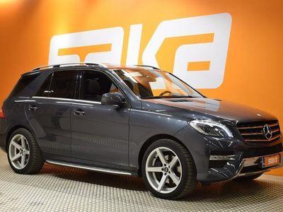 käytetty Mercedes ML350 BlueTec 4Matic Premium Business AMG-STYLING ** Airmatic / Panorama / Webasto / Navi / Sähköpenki