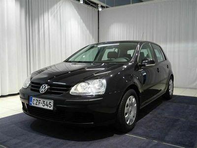 käytetty VW Golf Trendline 1,6 75 kW 4d