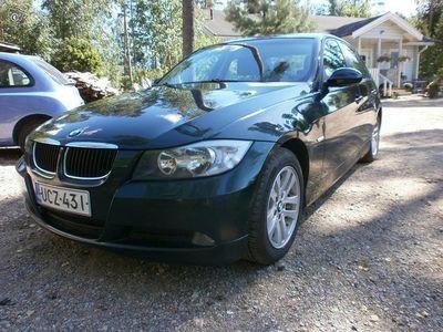 käytetty BMW 318 i -07 211th ajettu