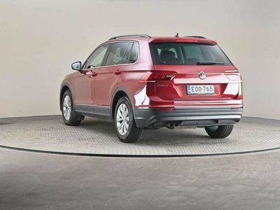 käytetty VW Tiguan Comfortline 2,0 TDI SCR 110 DSG -Hienosti varusteltu-