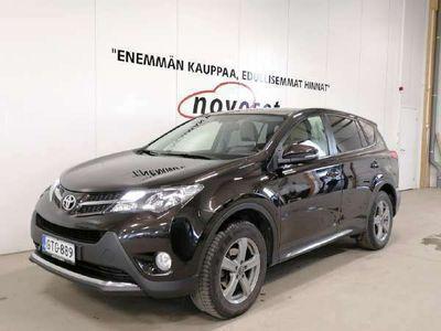 käytetty Toyota RAV4 2,0 D-4D AWD Executive Man. *HUIKEA SISUSTA/KESSY/NAVI/KAMERA* *HUIPPUHIENO RAV4! 1.99% KORKO,ILMAIN