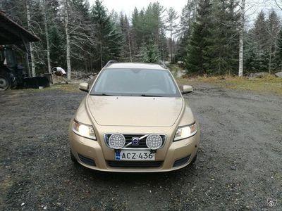käytetty Volvo V50 2.0D