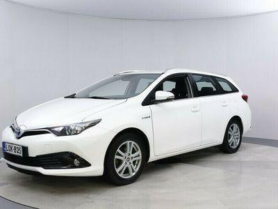käytetty Toyota Auris Touring Sports 1,8 Hybrid Active Approved lisäturva 12kk ilman kilometrirajoitusta