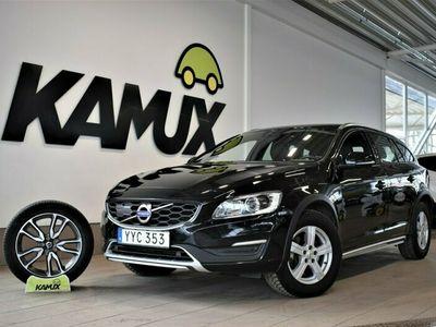 käytetty Volvo V60 CC D4 AWD | 190hv | Summum | Navi | Vetokoukku|