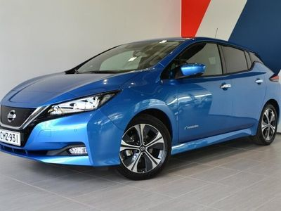 käytetty Nissan Leaf N-Connecta MY19 40 kWh LED FI *2000e vaihtohyvitys katsastetusta autosta*