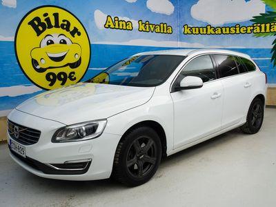 käytetty Volvo V60 D3 Business Summum Edition aut *ADAPTIVE CRUISE / SÄHKÖSÄÄTÖISET NAHKAPENKIT MUISTILLA/ POLTTOAINEKÄYTTÖINEN LISÄLÄMMITIN*! - *VALTAISA VARASTONTYHJENNYSI!!!!*