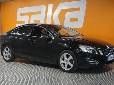käytetty Volvo S60 S60Sedan **Automaatti / Bluetooth / Tutkat / Rahoitus alk. 0e käsirahalla**