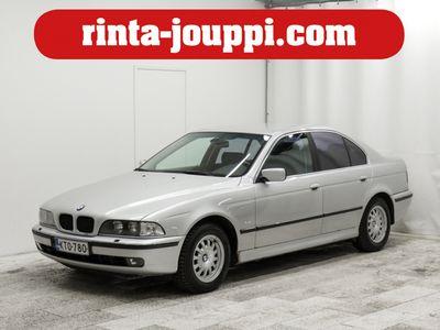 käytetty BMW 523 iA 2,5 24V 4d - Edustusluokan Baijerilainen 20 vuoden takaa