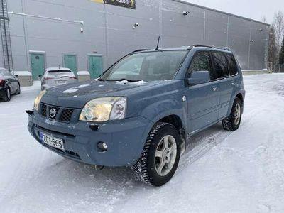 käytetty Nissan X-Trail 2.5 Business 5d A #Lukittava4WD #Koukku #Autom.Ilmastointi #Vakkari #Automaattivaihteisto #Siistikuntoinen