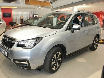 käytetty Subaru Forester 2,0i XS AWD*0%-korko + kulut tähän autoon 30.11 asti