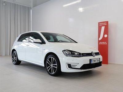 käytetty VW Golf GTE Plug-In Hybrid 150 kW (204 hv) DSG * WEBASTO, TUTKAT, ACC, LEDIT *