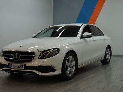 käytetty Mercedes E220 4Matic A Pro ** 1-Om / Suomi-auto / Merkkihuollettu / Nahat / Navi / P-kamera **