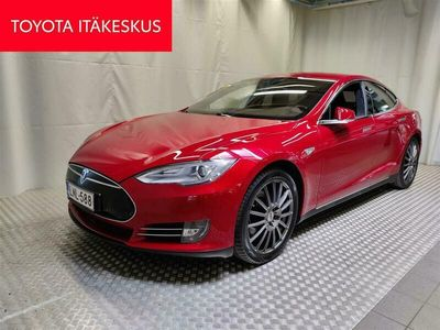käytetty Tesla Model S P 85