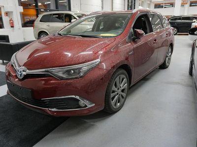 käytetty Toyota Auris Touring Sports 1,8 Hybrid Premium ** Huippuvarusteet / ALV / Vähän ajettu / Navi / Peruutuskamera /