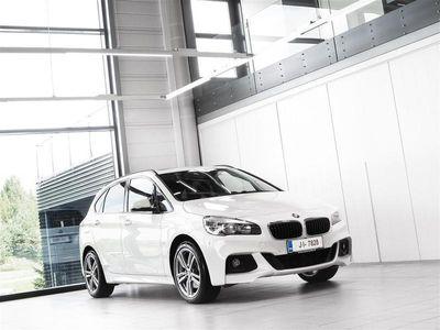 käytetty BMW 225 Active Tourer xe Hybrid F45 M-Sport Aut + Nahat + Navi + H/K + Panoraama + Tutkat /Tulossa myyntiin!