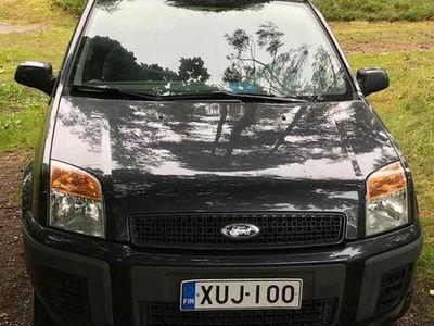 käytetty Ford Fusion 1,4 80hv Limited M5 5-ovinen