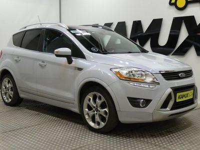 käytetty Ford Kuga 2,0TDCi 163 hv 4WD Individual PowerShift / Webasto / Neliveto / Nahat / Panorama / Keyless / Helmiäisväri /