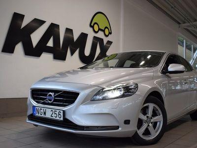 käytetty Volvo V40 T3 Momentum   150 hv   Moottorilämmitin   2x-renkaat  