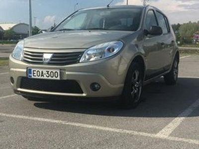 käytetty Dacia Sandero 1,6 Hi-Flex Ambiance