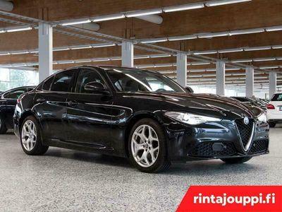 käytetty Alfa Romeo Giulia 2,0 Bensiini 200hp AT8 Super *** Tehdastakuu, J. kotiintoimitus