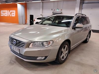 käytetty Volvo V70 D4 Momentum aut ** Suomi-auto / Webasto / Nahkasisusta / Koukku / Sähköluukku / P-tutka **