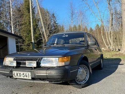 käytetty Saab 900 vm. 1989 Papan silmäterä