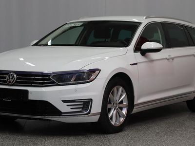 käytetty VW Passat Variant 1,4 PLUG-IN-HYBRID GTE 160KW (218hv) * Navigointivalmius* APP-Connect*Adapt.Cruise*Peruutusk
