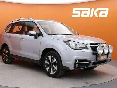 käytetty Subaru Forester 2,0i XS CVT ** Vakkari / Bluetooth / Vetokoukku / Merkkihuollot / Peruutuskamera **