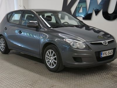 käytetty Hyundai i30 5d 1,6 CRDi 66kW 6MT ISG Classic ** Juuri katsastettu / Suomi-auto / Lohko / Koukku **