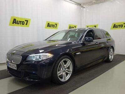 käytetty BMW M550 d F11 381hv Aut. xDrive M-SPORT, WEBASTO, NAVI, LASIKATTO, SPORTNAHAT, YM, NELIVETO HUIPPUVARUSTEIN!!