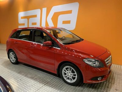 käytetty Mercedes B180 BE A Premium Business ** Suomi-auto / Kamera / Lohkolämmitin sisäpistokkeella / Navi **