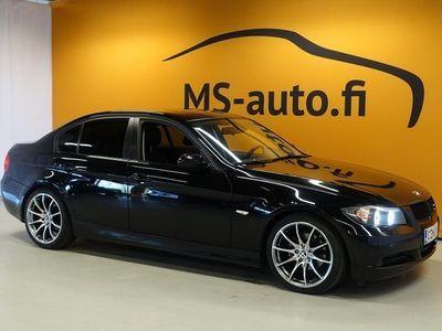 käytetty BMW 320 i 4d (E90) #JUURITULLUT #Näyttävä #Sporttipenkit