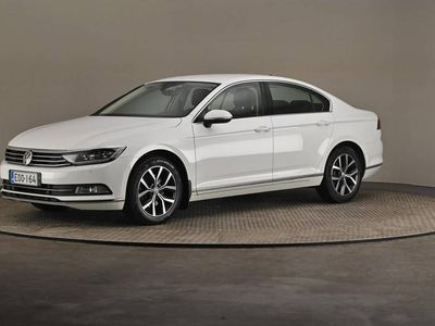 käytetty VW Passat Sedan Highline 1,4 TSI 110 ACT DSG- Webasto, Navi, Digitaalinen mittaristo-