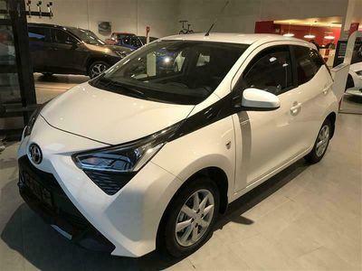 käytetty Toyota Aygo 1,0 VVT-i x-play x-shift 5ov