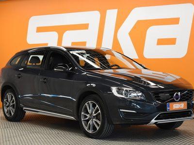 käytetty Volvo V60 CC D4 Business Classic ** Huippu varusteet / Adapt. Vakkari / Pa. Lisälämmitin / P-kamera / BLIS **