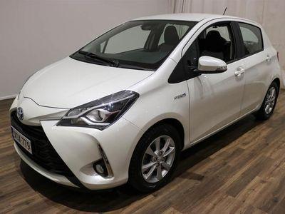käytetty Toyota Yaris 1,5 Hybrid Active 5ov **** Korko 0,5% + min. 1500 EUR takuuhyvitys ****