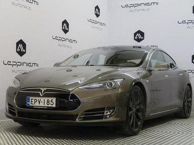 käytetty Tesla Model S