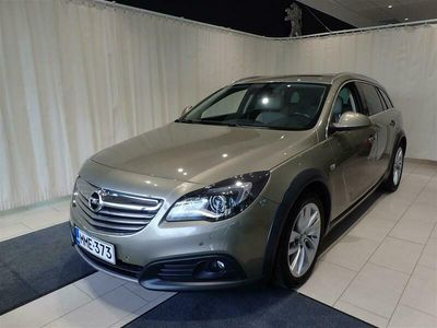 käytetty Opel Insignia Country Tourer 1,6 Turbo 125kW AT6 **Lasikatto,Webasto,Koukku,Nahat**