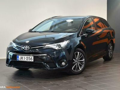 käytetty Toyota Avensis 2.0 D-4D Active Edition Touring Sports