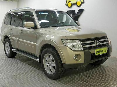 käytetty Mitsubishi Pajero Wagon 3,2 Instyle DI-D AT Business 4WD / Xenon / Nahat / Huoltokirja /