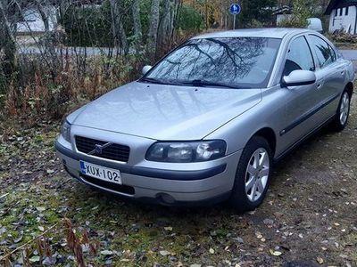 käytetty Volvo S60 kaasu/bensakäyttöinen