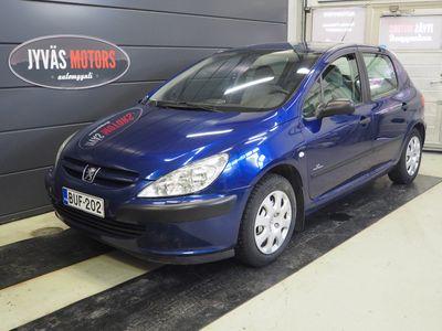 käytetty Peugeot 307 HATCHBACK 1.6I Edition, Katsastettu 4/2021, Jakopää kilometreillä 180 tkm, 2*Hyvät renkaat, Ilmastointi, Isofix, Koukku.