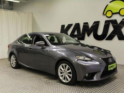 käytetty Lexus IS300h Executive / 2X ALUT / OSANAHAT / XENON
